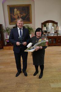 Dalia Kairaitienė su žemės ūkio ministru Andriumi Palioniu